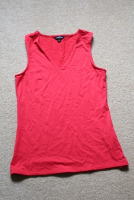 a8562144e6b68 3 4 sleeve red with scoop neck for cooler days.