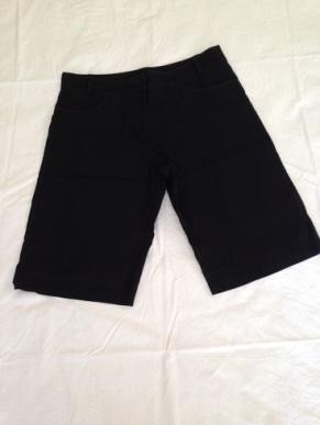 02 Black shorts